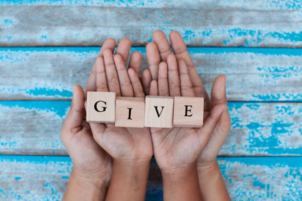 Charitable Ways to Make a Difference in the Lives of Aging Adults